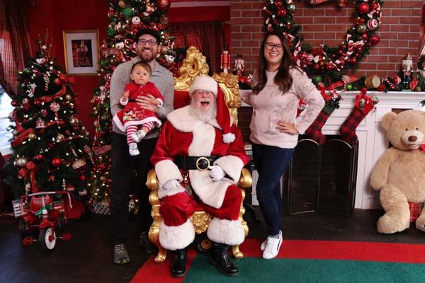 I Spot Santa Family