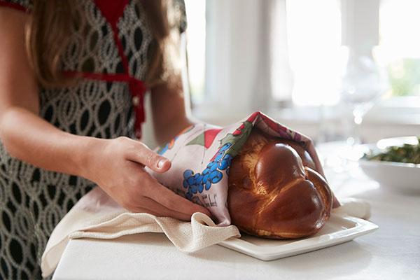 what-is-challah-bread-hanukkah